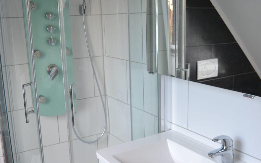 ***Neuwertige 3 Zimmer-Maisonetten-Wohnung in Sindelfingen***