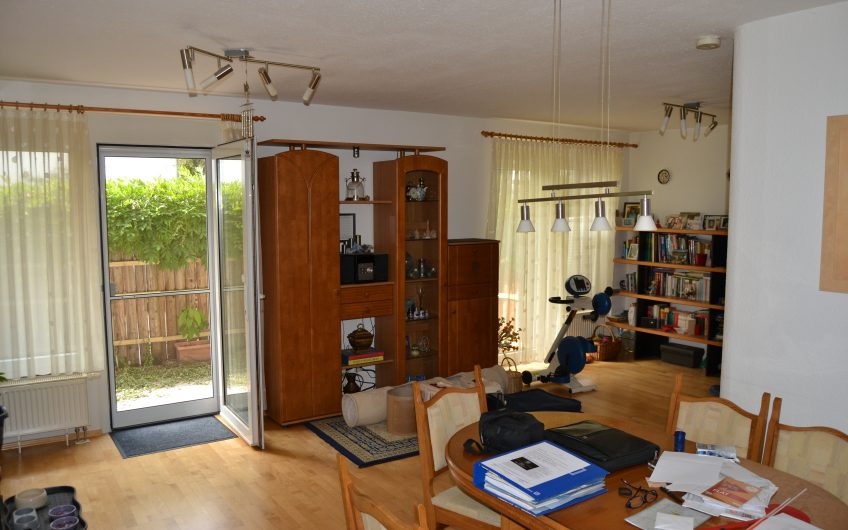 Barrier-free 4.5 + 1 room apartment on one level in Ostfildern